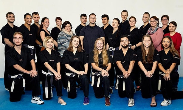 Das Teamfoto der Karate Fachsportschulen
