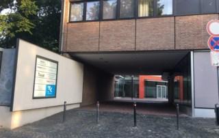 Eingang zum Standort in Bergheim